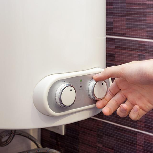 Installation de chauffe-eau thermodynamique